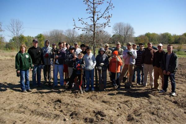 Habitat Project Savanna Grassland Tree Planting Project Outreach at Squaw Creek - 2016