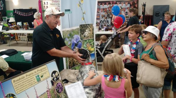 Wade Kisner at the Linn County Fair with local youth!  2016 Linn County Fair