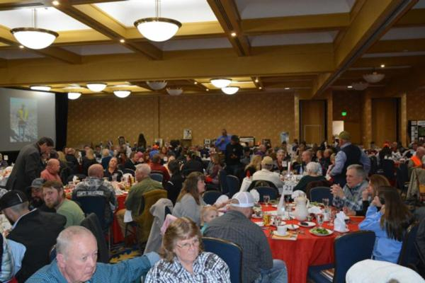 Pikes Peak PF & QF Chapter 247 - Banquet Page